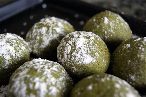 Cookies Almond Greentea Milk Bandung green tea cookie