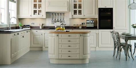Howarth Kitchens by Howarth Kitchens Wiltshire
