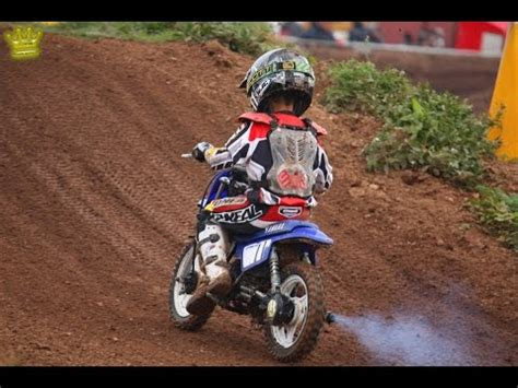 youtube motocross racing action pw50 motocross racing 2011 youtube