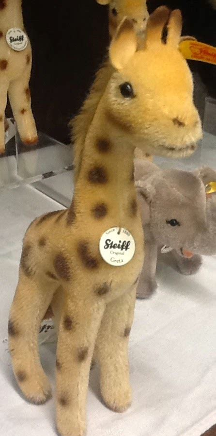 Rsby 149 Stelan Giraffe Whiite Keillor S A Teddy Shoppe New August Steiff Arrivals