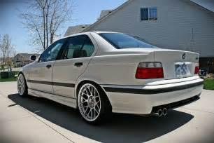 BMW M3 on Apex ARC 8 Wheels Rides & Styling