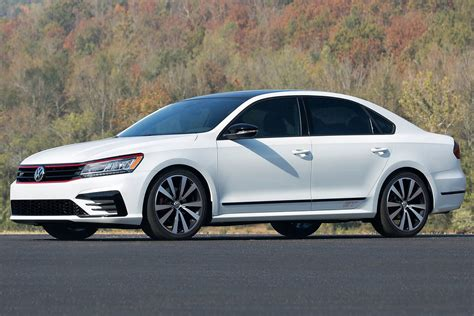 2018 Passat Gt by 2018 Volkswagen Passat Gt Set To Get 3 6 Litre V6 Power
