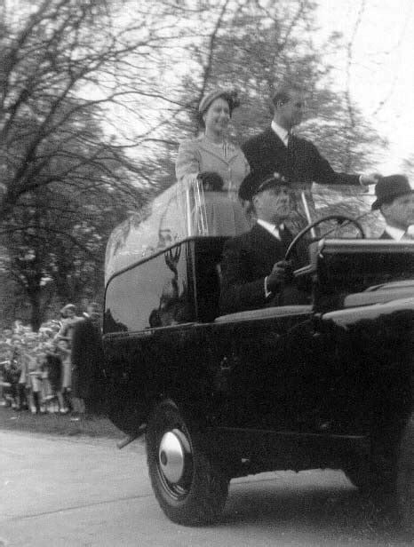Gloucester in The 1950s/60s page24 - The Queen visits