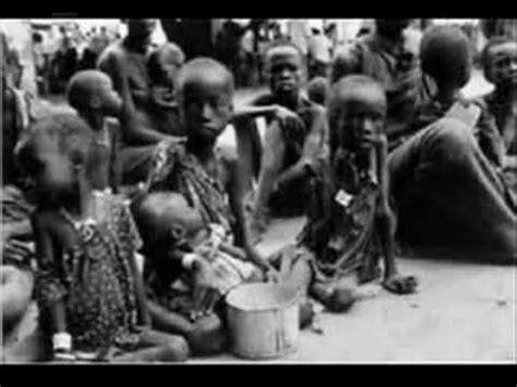imagenes impactantes de hambre en africa ni 241 os del mundo sufriendo hambre youtube