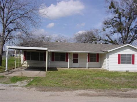 104 e 3rd st venus 76084 bank foreclosure info