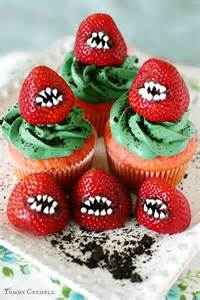Halloween monster strawberry cupcake best cheap easy party treat