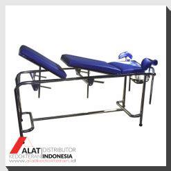 Meja Ginekologi furniture rumah sakit distributor alat kedokteran indonesia