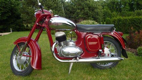 Alte Jawa Motorräder reference veterancs