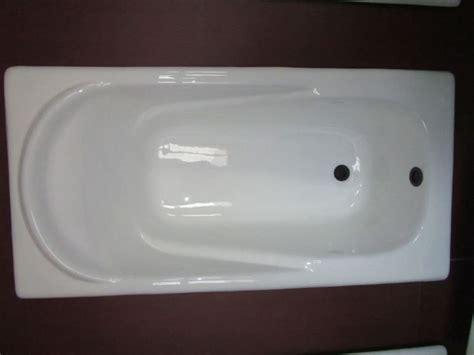 verniciare vasca da bagno immagini di pareti pitturate in vetroresina