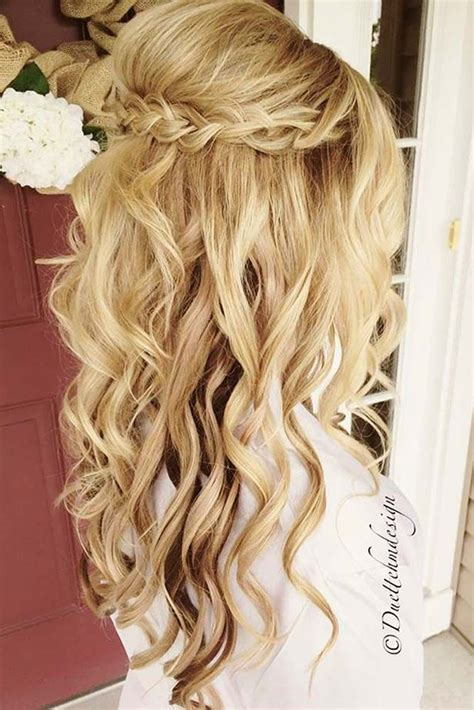 Prom Hairstyle Ideas by Prom Hair Style Best 25 Prom Hairstyles Ideas On