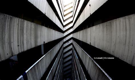 wallpaper garis garis lurus kota mati by exarxil on deviantart