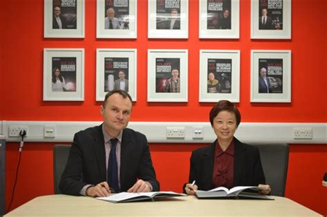 Of Birmingham Mba Singapore by Of Birmingham Formalises Links With Smrt