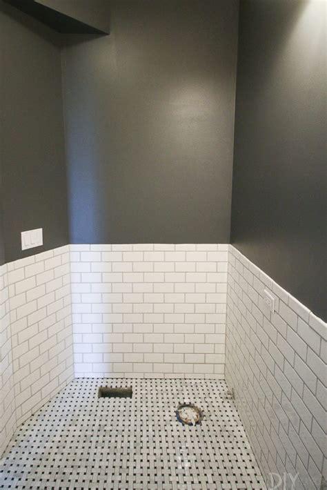 tips  paint  bathroom dark gray paint color  diy