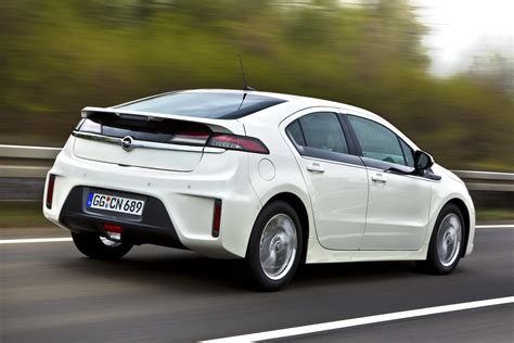 opel england opel ampera energy efficient vehicle machinespider com