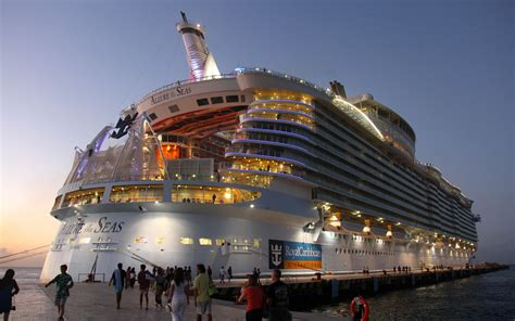 Modern Home Design Las Vegas Quot Allure Of The Seas Quot The World S Largest Cruise Ship 242824
