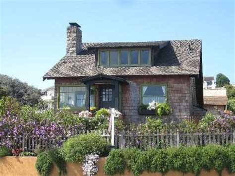 Cottages Monterey Ca by Coastal Cottage Pacific Grove California And Cottages On