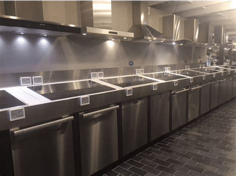 kitchenaid  bosch  miele dishwashers