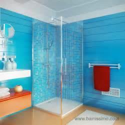 paroi de d 180 angle scotia pour la salle de bains
