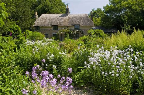 cottage gardens cottage gardens discover britain
