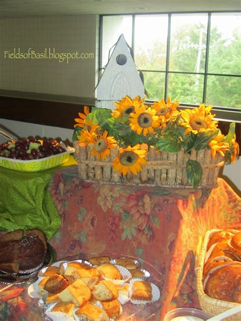 fields of basil how to decorate fall table