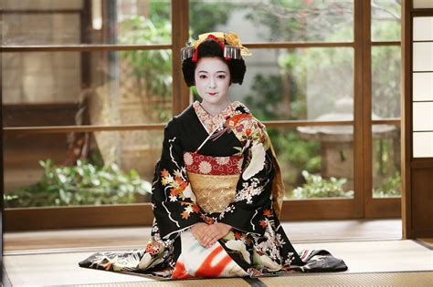 sxe japon my fair lady wrapped in a geisha s kimono the japan times