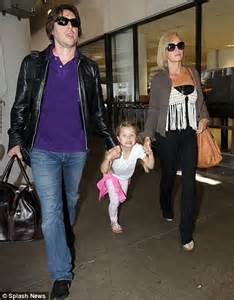 5 Year Old Bed Welcome To La La Land Amanda Holden And Husband Chris