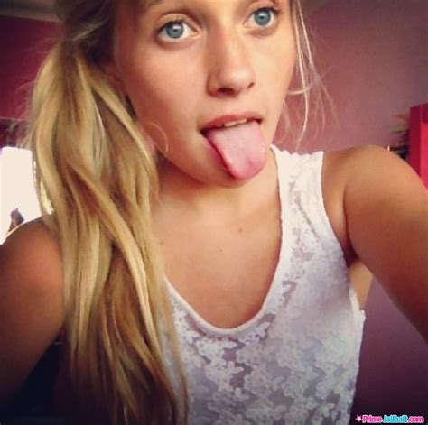 Blonde Teen Tongue | set 709221 primejailbait