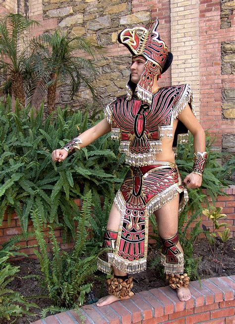 imagenes de trajes aztecas azteca profesional