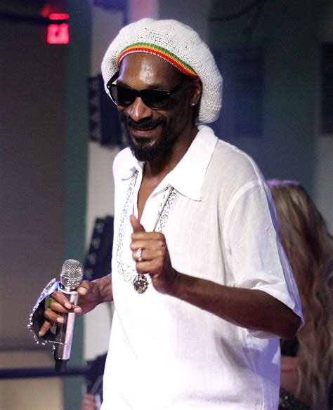 snoop dogs file snoop dogg 2012 jpg