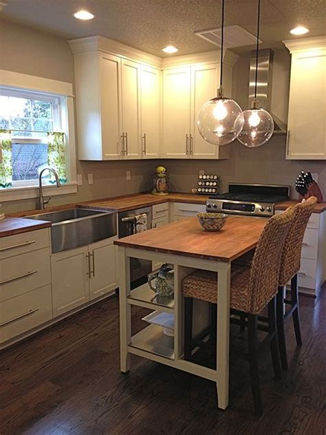 best 25 bungalow kitchen ideas on pinterest craftsman kitchen split best 25 bungalow kitchen ideas on pinterest craftsman