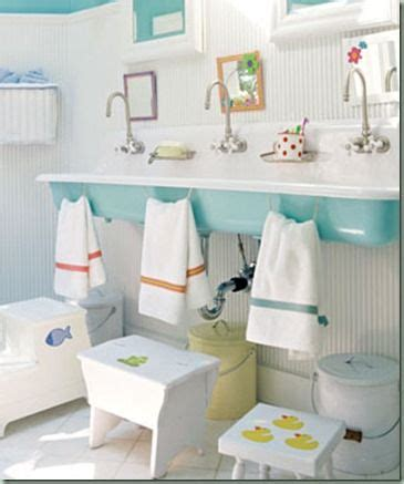 Daycare Bathroom Design by 17 Best Ideas About Shared Bathroom On Kid