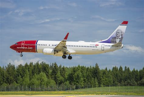announces plans for low cost direct flights from cork to