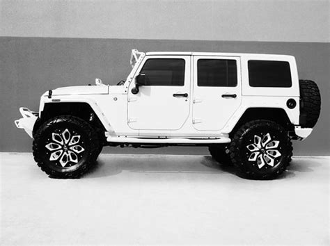 White Jeep Wrangler Unlimited 2016 Jeep Wrangler Unlimited Nav Leather Custom White