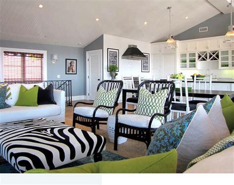 mixed prints and patterns make this living room so boho ديكور مجالس حريم اجمل 22 تصميم بنقوش عالموضة ديكوري