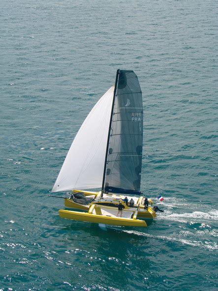 trimaran vitesse boat review by multihulls world of trimaran seaon 96