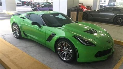 2015 corvette z06 gets repainted in turning green autoevolution