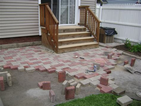how to lay a patio with pavers build a patio with pavers how to lay a paver patio diy