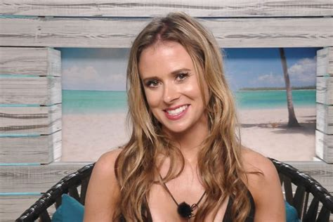 how long is celebrity love island on for why all love island fans are obsessed with camilla thurlow