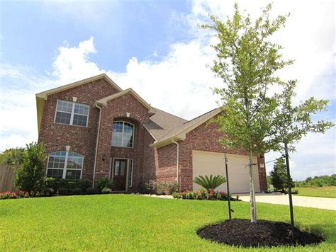 new home community in pearland