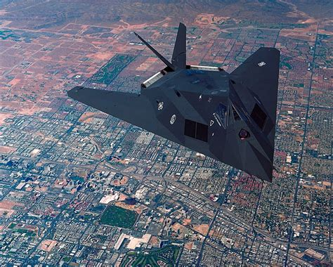 Top Fighter Planes Pictures ~ मेरे ब्लाग पर आपका स्वागत है। F 117 Stealth Fighter Cockpit