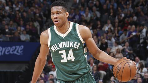 How Many Players In Mba Team by Giannis Antetokounmpo Damian Lillard Named Kia Nba