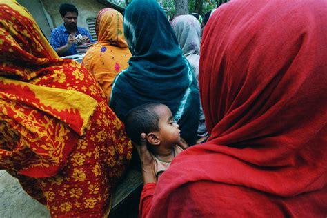 la banca dei poveri muhammad yunus la banca dei poveri lifegate