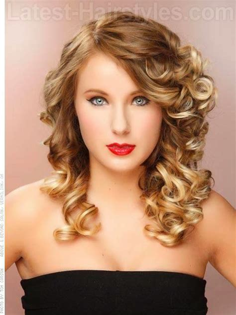 prom hairstyles tight curls curly hairstyles for prom in 2015 171 prom ideas
