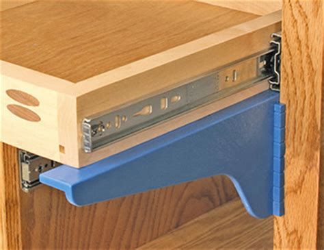 Kreg Drawer by Kreg Drawer Mounting Brackets Easily Supports Drawers