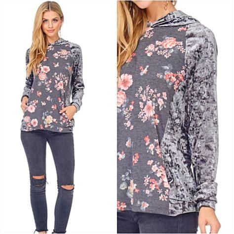 Stelan Kutung Velvet Size Sml dreamy silver crushed velvet hoodie sml from trendy s