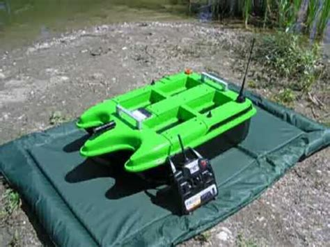 carp fishing rc bait boat bait boat carp raptor mp4 youtube