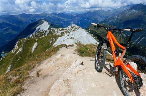 mtb le 5 must ride mountain bike trails in freewheeling