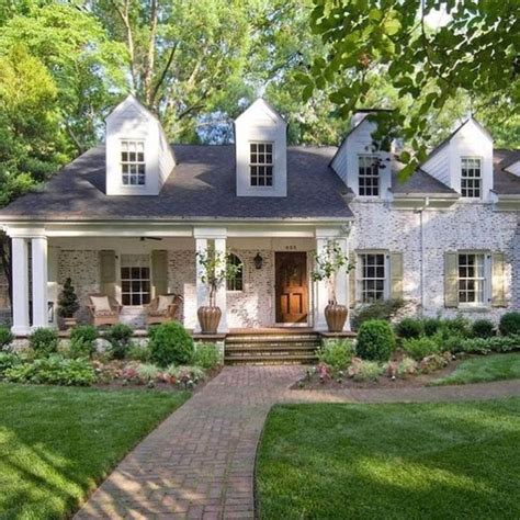 white brick house 25 best ideas about white brick houses on pinterest brick cottage brick house