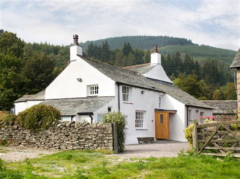 Luxury Cottages Lake District by Luxury Lake District Cottage With Mountain Views