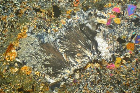 thermally altered amygdule basalt mull thin section